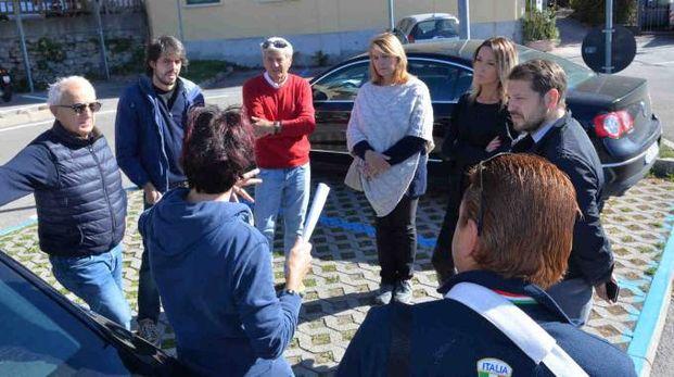 I commercianti di Casbeno incontrano il consigliere Monti