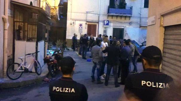Sparatoria in piazzetta Caruso a Palermo (Ansa)
