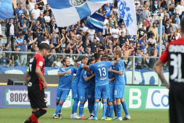 Empoli-Foggia esultanza gol di Donnarumma (Foto Germogli)