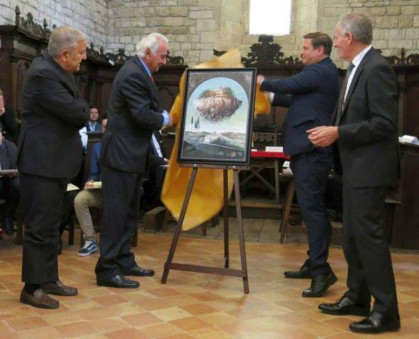 Premio Frontino 2017: Logli dona il suo dipinto a Frontino (Foto Tiziano Mancini)