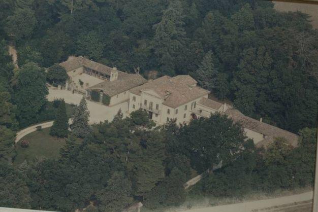 Jesi, Villa Collebellombra