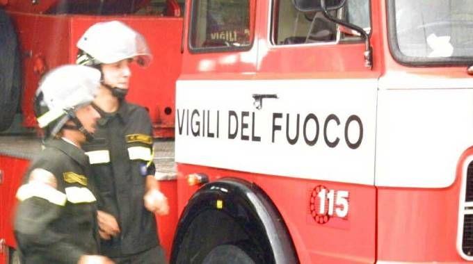 Operaio morto dopo la caduta in un silos a Comunanza, intervenuti i pompieri (Ravaglia)