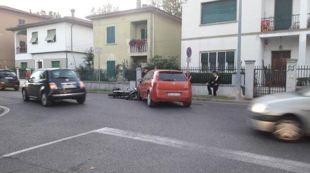 L'incidente in via delle Colline e i rilievi dei carabinieri