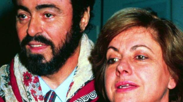 Adua con Luciano Pavarotti: la coppia si separò a metà degli anni '90
