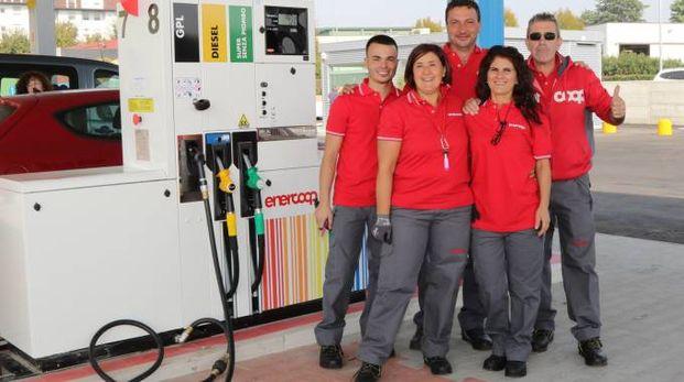 L'area di servizio Enercoop, la prima a marchio Coop avviata  in provincia di Milano