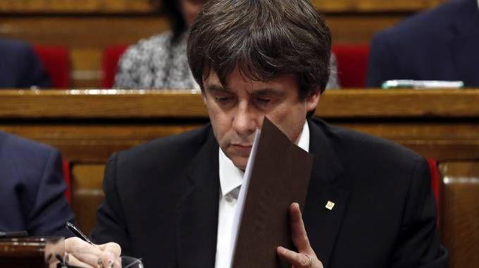 Il presidente della Catalogna Carles Puigdemont (Ansa)