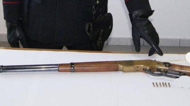 Sequestrate anche due carabine