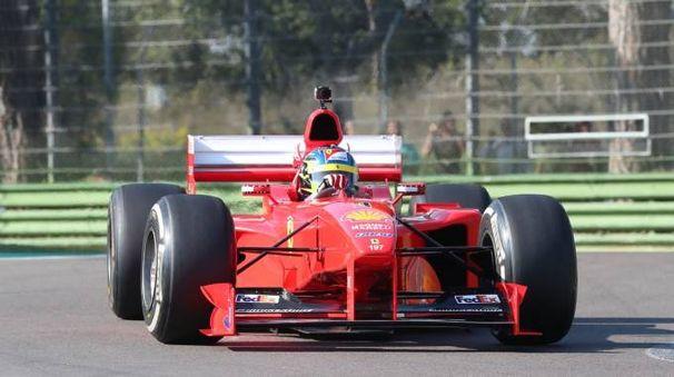 Una delle Ferrari storiche viste oggi in Autodromo
