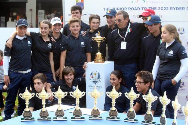 I giovani vincitori di una delle gare di giovedì / Ansa