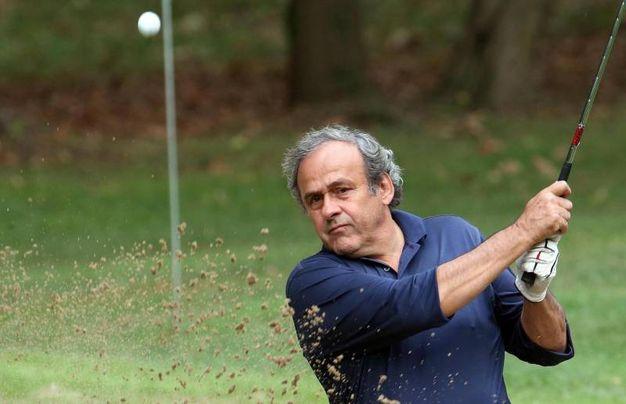 Un colpo di Michel Platini / Ansa