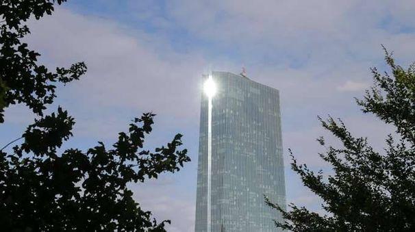 Cambi: euro poco mosso a 1,1869 dollari