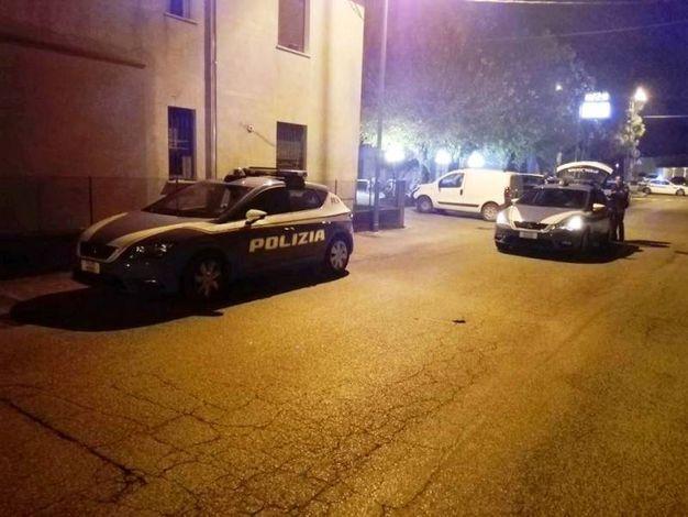 Indagini affidate al Commissariato di Polizia di Lugo e ai vigili del fuoco (Foto Scardovi