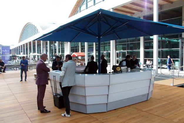 Il bar galleggiante - Photo Petrangeli