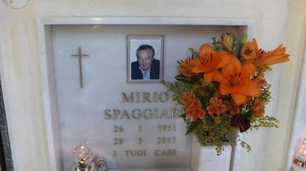 La tomba di Mirio Spaggiari