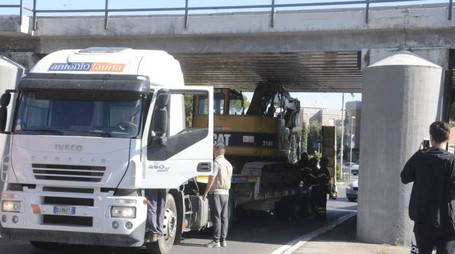 CAMION_26046609_163600