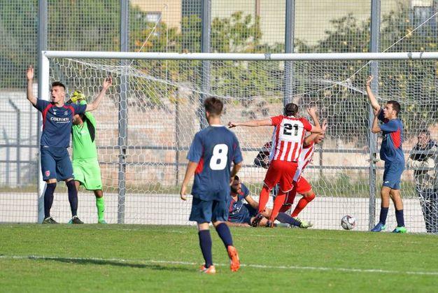 Le proteste dei giocatori della Jesina per il gol (FotoBinci)