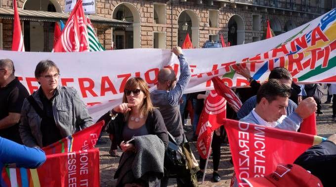 Manovra, sindacati in piazza - Ansa
