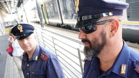 L'uomo ha accompagnato la donna da Grosseto a Pisa e qui è stato rapinato (Foto di archivio)
