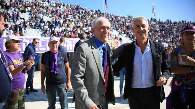 Narciso Parigi in Curva Fiesole con il vicepresidente viola Gino Salica (Germogli)