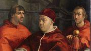 Un particolare del ritratto di Leone X, capolavoro di Raffaello
