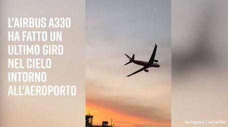 Air Berlin, l'ultimo giro nel cielo dell'aeroporto