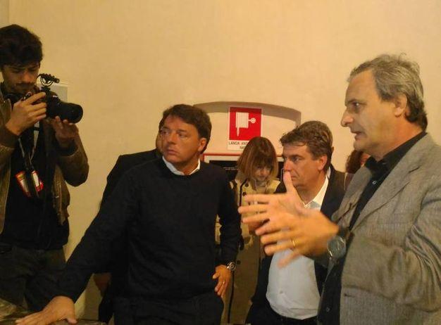 l sindaco Massimo Seri ha parlato a Renzi del recupero del teatro romano di via De Amicis (foto Marchetti)