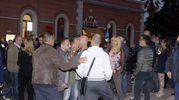 Piccola contestazione fuori dalla stazione (LaBolognese)