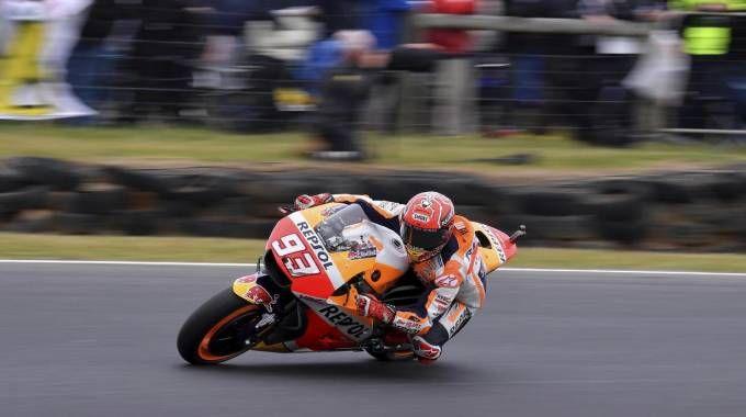 Marc Marquez durante le qualifiche del MotoGp d'Australia 2017 (Ansa)