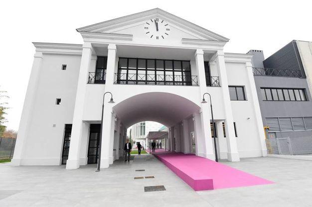 L'ingresso della fondazione no profit Fashion Research Italy in via del Fonditore (foto Schicchi)