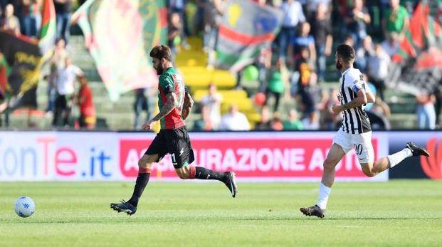 Ternana-Ascoli 1-1, Buzzegoli in azione (LaPresse)