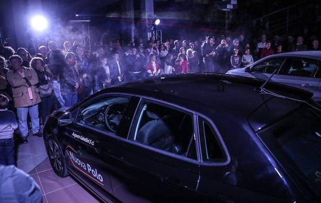 Decine di invitati hanno potuto ammirare la nuova nata in casa Volkswagen (Fotoprint)