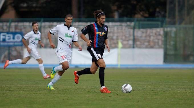 Gavorrano-Lucchese 1-0, Salvadori in azione