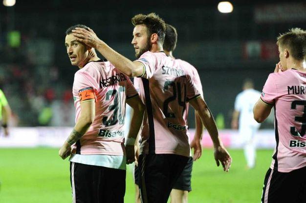 Il Palermo in gol (foto Lapresse)