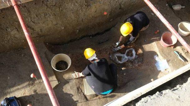 Gli scavi in piazzale della Vittoria (foto Frasca)