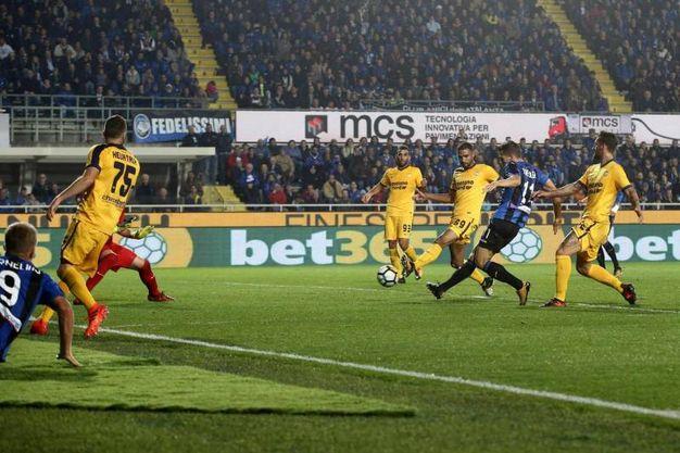 Il gol di Freuler poi annullato dal Var (Ansa)