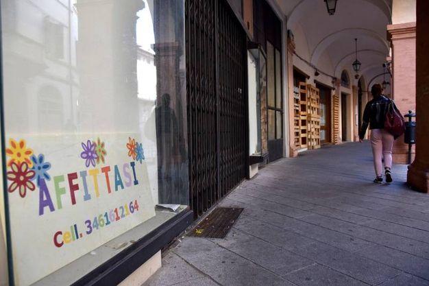 Serrande abbassate in Corso Diaz (foto Fantini)