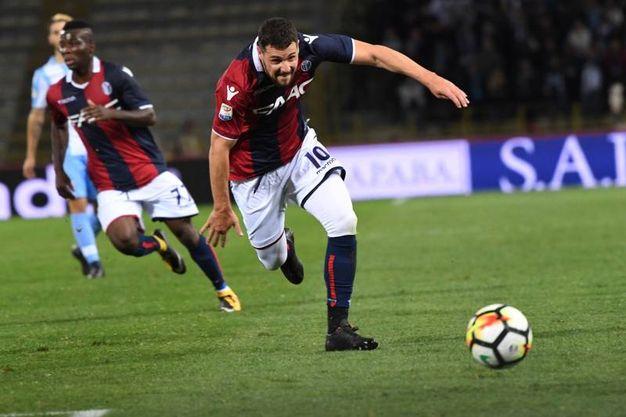Bologna-Lazio, Mattia Destro corre verso la porta (foto Schicchi)