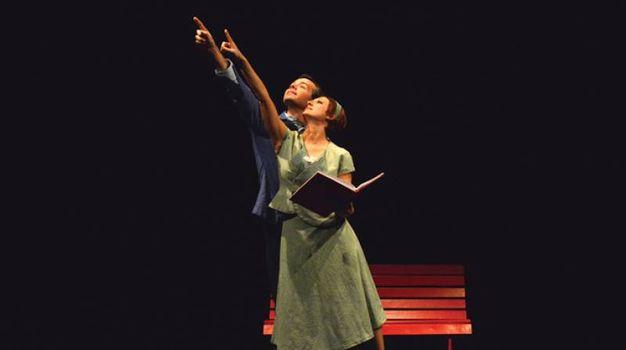 Il paese senza parole di Rosso Teatro e Atelier Teatro della Danza