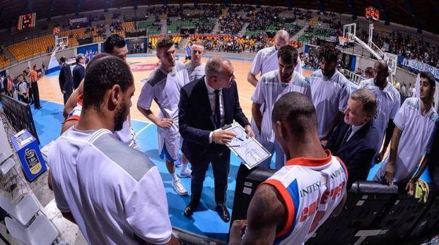 Un timeout con l'allenatore Sodini (Ciamillo)