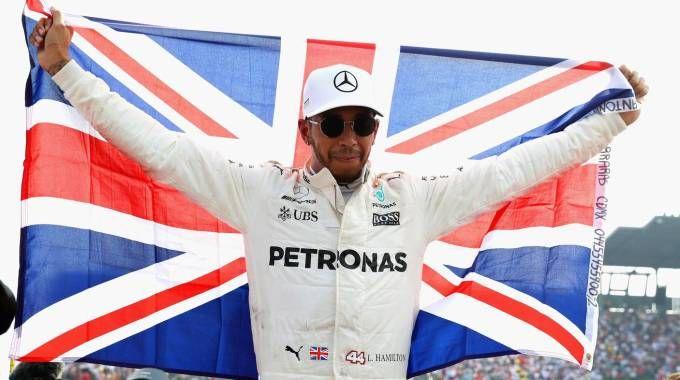 Lewis Hamilton vince il quarto Mondiale F1 (Afp)