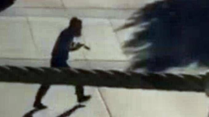 Il fermo immagine di un video NBC New York mostra l'autista killer (Ansa)