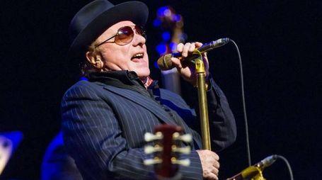 Van Morrison in concerto alla Royal Albert Hall di Londra (Olycom)