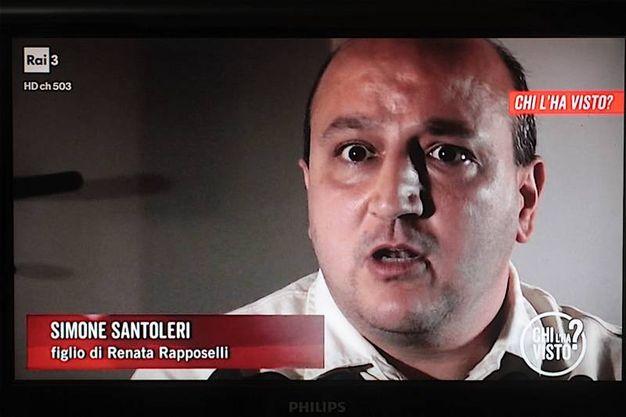 Simone Santoleri, figlio di Renata Raposelli, a 'Chi l'ha visto?' (foto Antic)