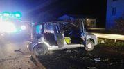 Incidente fra due automobili, tre feriti (foto Zeppilli)