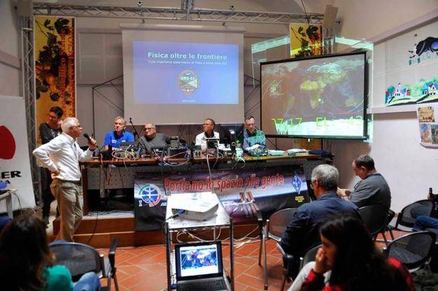 Il collegamento con Paolo Nespoli dal liceo Cecioni (Foto Novi)