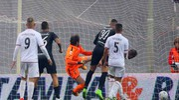 Il gol del momentaneo pareggio di Favilli (foto LaPresse)
