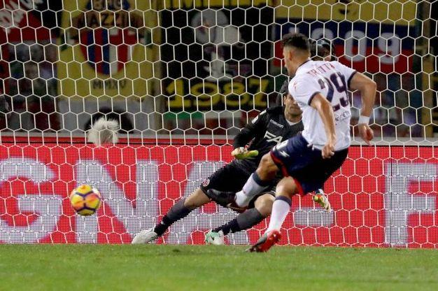 Il gol di Trotta su calcio di rigore (foto Ansa)