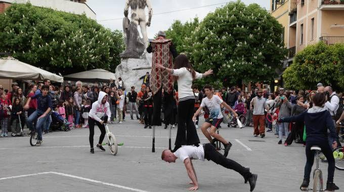 I ragazzi delle scuole di circo che lo scorso anno hanno preso parte alla manifestazione