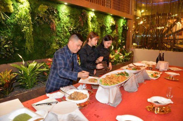 Il nuovo ristorante di alta cucina cinese all'angolo fra via Maroncelli e via Maldenti (foto Frasca)