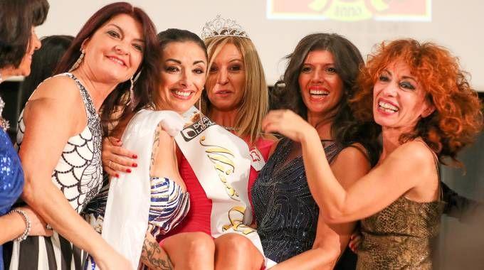 Al centro la vincitrice Cristina Pagani (Fotoprint)